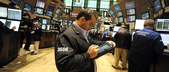 broker operando en la Bolsa de Nueva York