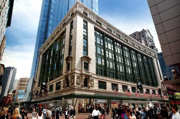 inauguración y apertrua primera tienda de Primark en USA, Boston