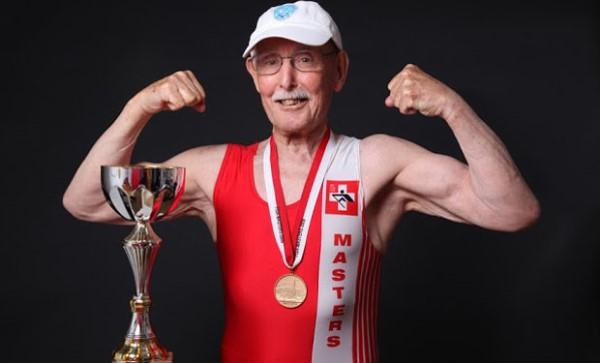 deportistas viejo y veterano